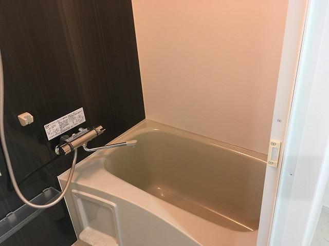 3号室浴室です